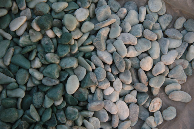 Machine Made Pebblestone Pebble Stone Gravels Tiles Expoxy Crushed Wash Mesh Backed Paving Floor